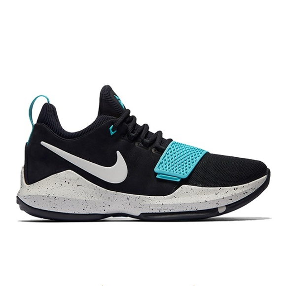 Nike Paul George Basketball Shoes. M 5c3056c32beb791869127f4f f21edcaea
